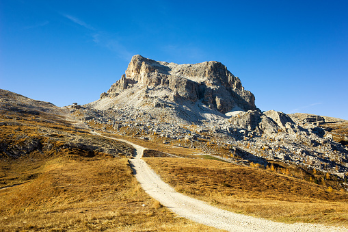 Ski Resort「Scenic mountain road in Dolomite Alps, Italy」:スマホ壁紙(15)