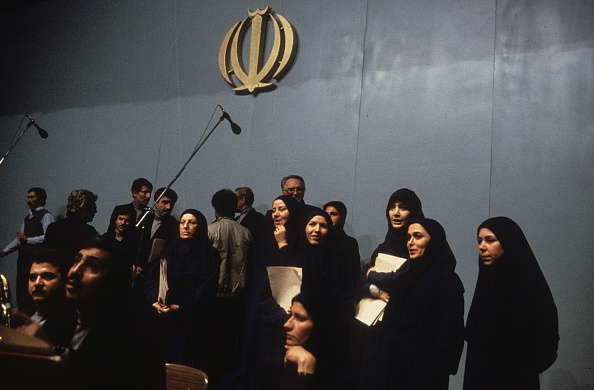 Iranian Culture「Veiled Chorus」:写真・画像(8)[壁紙.com]