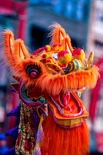 Dragon「Dragon mask during Chinese New Year Parade, Chinatown, Vancouver, British Columbia, Canada」:スマホ壁紙(19)