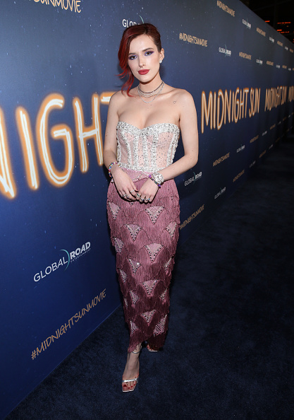 "Bella Thorne「Premiere Of Global Road Entertainment's ""Midnight Sun"" - Red Carpet」:写真・画像(18)[壁紙.com]"
