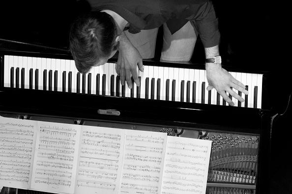 楽器「Gwilym Simcock, 2015」:写真・画像(12)[壁紙.com]