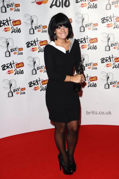 Baby Doll Dress「The Brit Awards - Winners Boards」:写真・画像(6)[壁紙.com]
