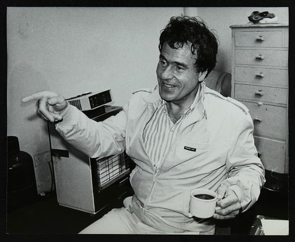 Crockery「American trombonist and teacher Phil Wilson, London, 1985. .」:写真・画像(6)[壁紙.com]