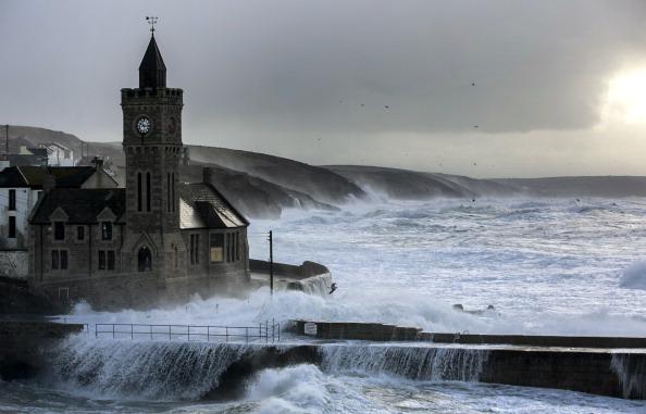 イングランド コーンウォール「Fresh Storms Hit The South West Coast Of The UK」:写真・画像(16)[壁紙.com]