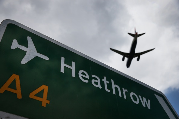 Heathrow Airport「The Debate Over The Third Runway At Heathrow Airport Continues」:写真・画像(4)[壁紙.com]