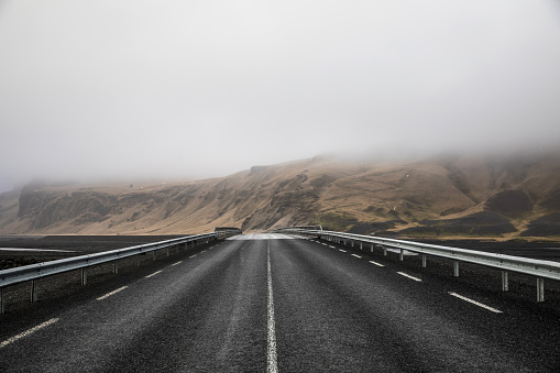 Empty Road「Iceland - Amazing scenic natural landscape view」:スマホ壁紙(12)