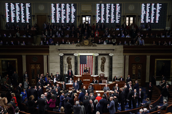 Topix「U.S. House Of Representatives Votes On Impeachment Of President Donald Trump」:写真・画像(18)[壁紙.com]