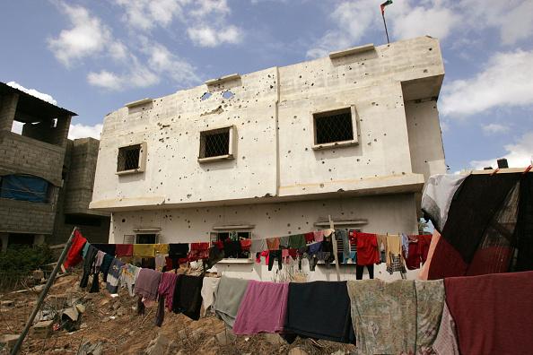 Deir Al-balah「Palestinian Families Continue To Live Near Former Israeli Settlement」:写真・画像(9)[壁紙.com]