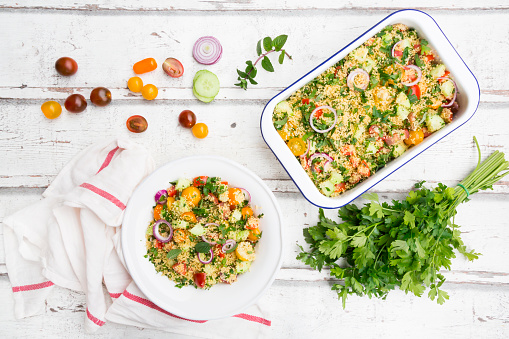 Cherry Tomato「Couscous salad with tomatoes, cucumber, parsley and mint」:スマホ壁紙(18)