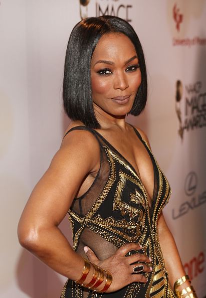 Angela Bassett「46th NAACP Image Awards Presented By TV One - Red Carpet」:写真・画像(6)[壁紙.com]