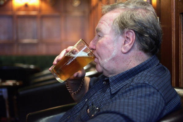 Bar - Drink Establishment「Pubs And Clubs in England and Wales Prepare For New Licensing Laws」:写真・画像(5)[壁紙.com]
