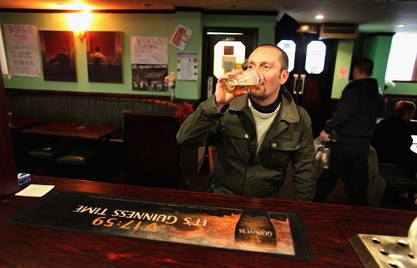 Pint Glass「New Laws To Tackle Scotland's Alcohol Problems To Be Passed By MSPs」:写真・画像(10)[壁紙.com]