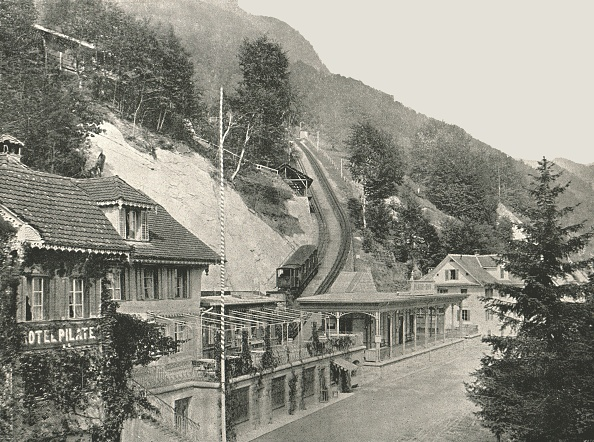 Steep「Starting Point Of The Pilatus Railway」:写真・画像(12)[壁紙.com]