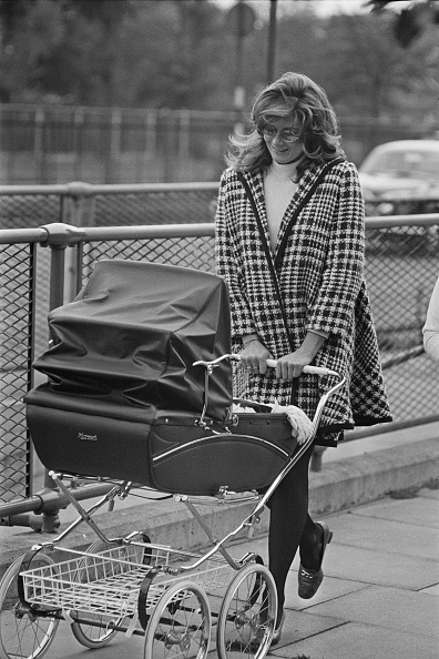 Baby Carriage「Vanessa Redgrave」:写真・画像(2)[壁紙.com]
