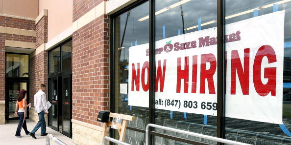 Employment And Labor「U.S. Employers Add 207,000 Jobs In July」:写真・画像(17)[壁紙.com]