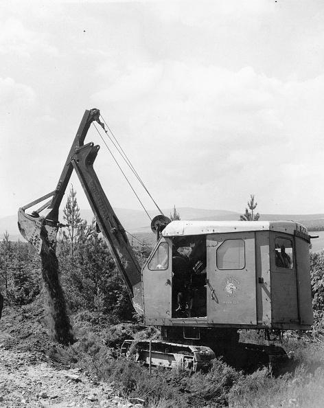 Earth Mover「Excavator」:写真・画像(2)[壁紙.com]