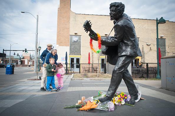 St「St. Louis Area Mourns Death of Chuck Berry」:写真・画像(14)[壁紙.com]
