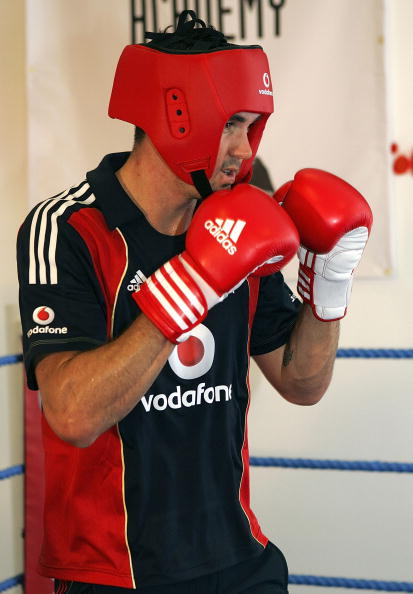 2012 Summer Olympics - London「England's Ashes Players Boxercise」:写真・画像(3)[壁紙.com]