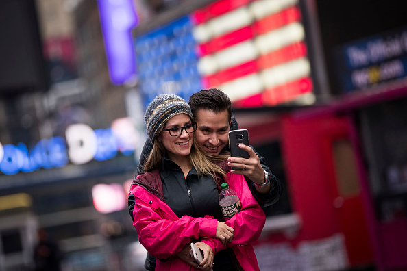 Couple - Relationship「New York City Predicts Decline In Foreign Tourism Due To Trump Policies」:写真・画像(1)[壁紙.com]