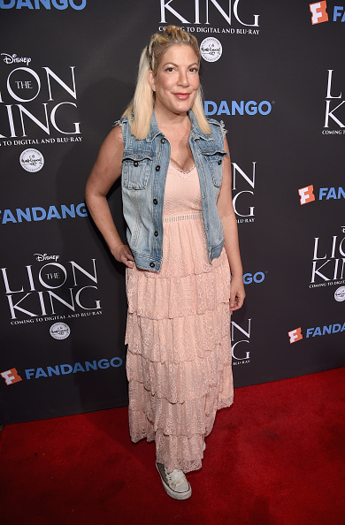 The Lion King「The Lion King Sing-Along At The Greek Theatre In Los Angeles In Celebration Of The In-Home Release Hosted By Walt Disney Studios And Fandango」:写真・画像(2)[壁紙.com]