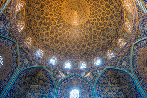 Iranian Culture「Lutfullah Mosque interior in Esfahan,Iran」:スマホ壁紙(9)