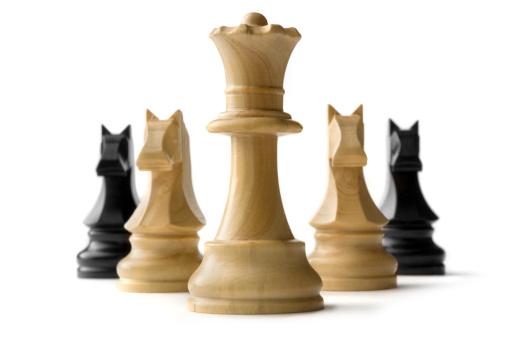 チェス「チェス:クイーンと騎士」:スマホ壁紙(14)