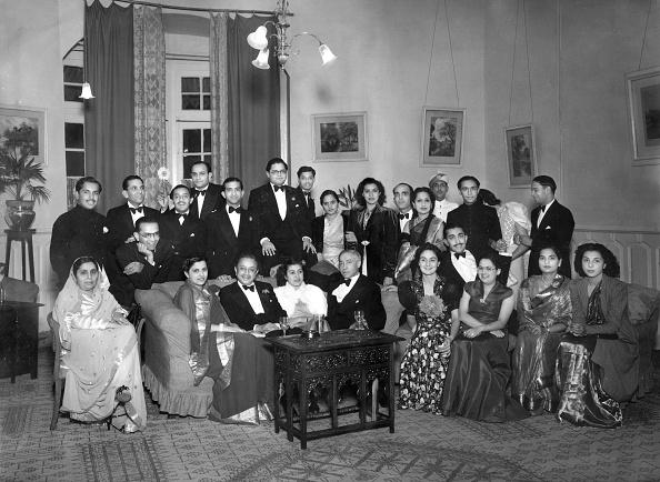 Indian Subcontinent Ethnicity「Maharajah And Guests」:写真・画像(18)[壁紙.com]