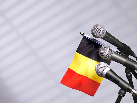 Party Conference「Belgian flag and mics」:スマホ壁紙(17)