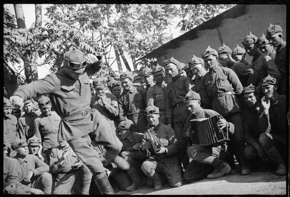 Max Penson「Red Army Men」:写真・画像(1)[壁紙.com]