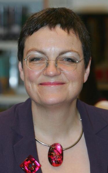 Patience「Race Equality Minister Visits City School」:写真・画像(5)[壁紙.com]