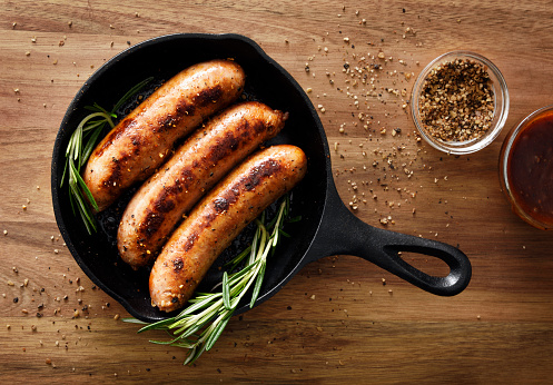 Cast Iron「Sausages in a skillet」:スマホ壁紙(11)