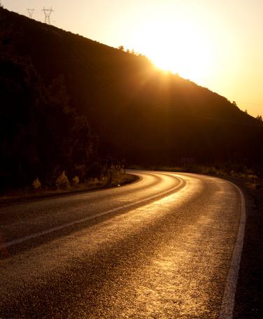寂しさ「Highway を雲」:スマホ壁紙(18)