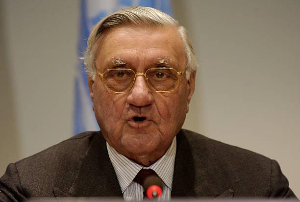 US Envoy Paul Bremer Seeks United Nation Help:ニュース(壁紙.com)