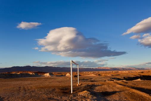 Goal Post「Goal posts, Morocco, North Africa」:スマホ壁紙(11)