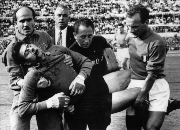 Glove「Football Injury」:写真・画像(13)[壁紙.com]