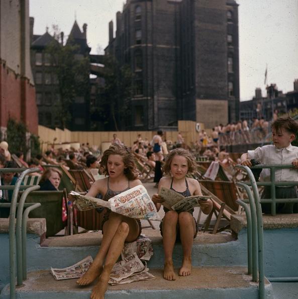 Summer「Outdoor Pool」:写真・画像(11)[壁紙.com]