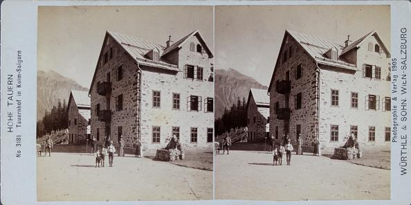 Rest Area「Kolm-Saigurn In The Hohe Tauern /Salzburg. Tauernhof. 1905. Stereophotograph Of Würthle & Son. Vienna - Salzburg.」:写真・画像(9)[壁紙.com]