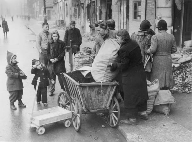 Post-War Berlin:ニュース(壁紙.com)