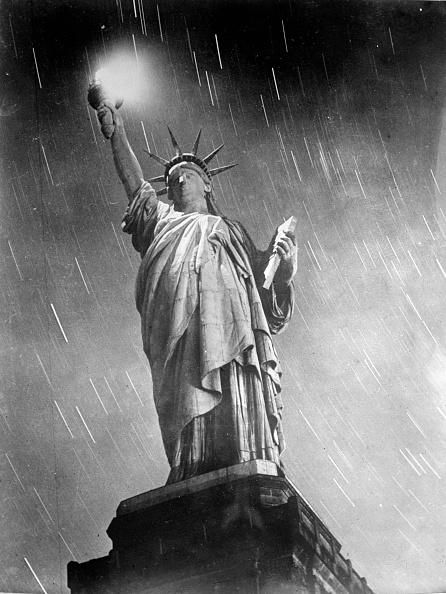 Statue of Liberty - New York City「Timeless Image」:写真・画像(18)[壁紙.com]