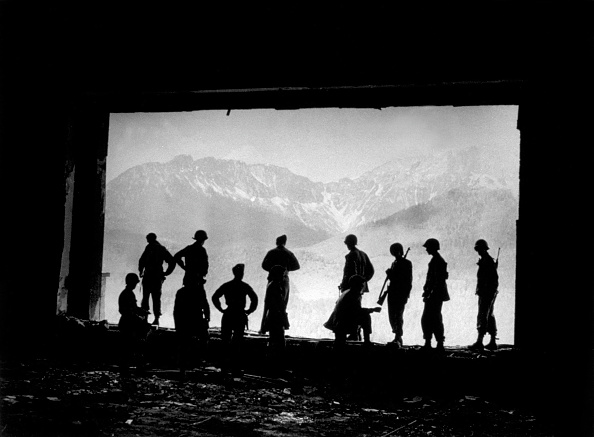 Army Soldier「Hitler's Retreat」:写真・画像(14)[壁紙.com]