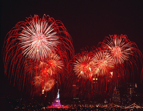Fourth of July「4th of July fireworks over the Statue of Liberty」:スマホ壁紙(9)