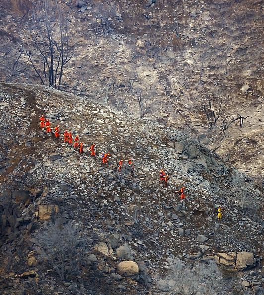 Recreational Pursuit「Early Season Wildfire Threatens Santa Barbara」:写真・画像(3)[壁紙.com]