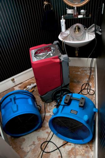 Restoring「Sewage flood home restoration: Residential Bathroom」:スマホ壁紙(15)