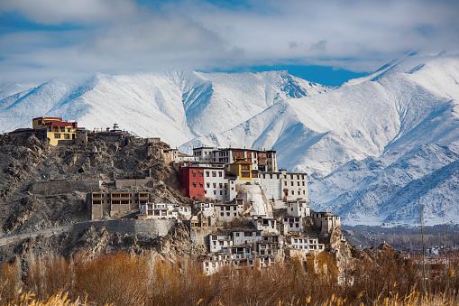Himalayas「Spituk Gompa (monastery), Indus valley near Leh, Ladakh, India」:スマホ壁紙(12)