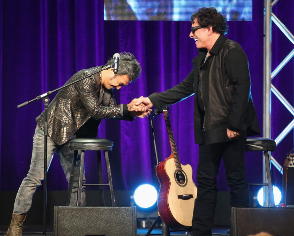Neal Schon「2013 Summer TCA Tour - Day 13」:写真・画像(12)[壁紙.com]