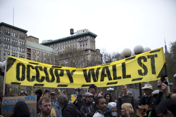 Banner - Sign「Occupy Wall Street Marches Against Police Brutality」:写真・画像(14)[壁紙.com]