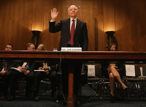 John S「IRS Commissioner John Koskinen Testifies To Senate Hearing On Dept.'s Challenges In Implementing The Affordable Care Act」:写真・画像(9)[壁紙.com]