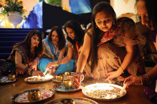 Hinduism「Diwali And Annakut Are Celebrated At The BAPS Shri Swaminarayan Mandir In Neasden」:写真・画像(0)[壁紙.com]