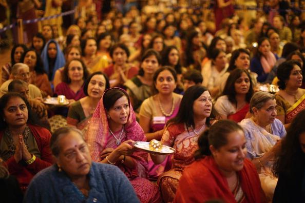 Hinduism「Diwali And Annakut Are Celebrated At The BAPS Shri Swaminarayan Mandir In Neasden」:写真・画像(19)[壁紙.com]
