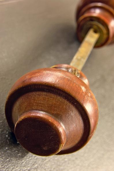 Clock Hand「Antique wood door knob」:写真・画像(15)[壁紙.com]
